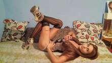 Indira preciosa mujer con rabo versatil