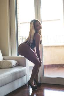 Jennifer caliente y morbosa latina